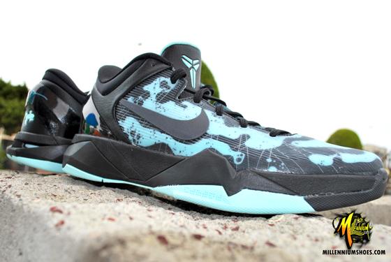low priced ecd53 10469 Nike Kobe VII (7)  Poison Dart Frog  Arriving at Retailers