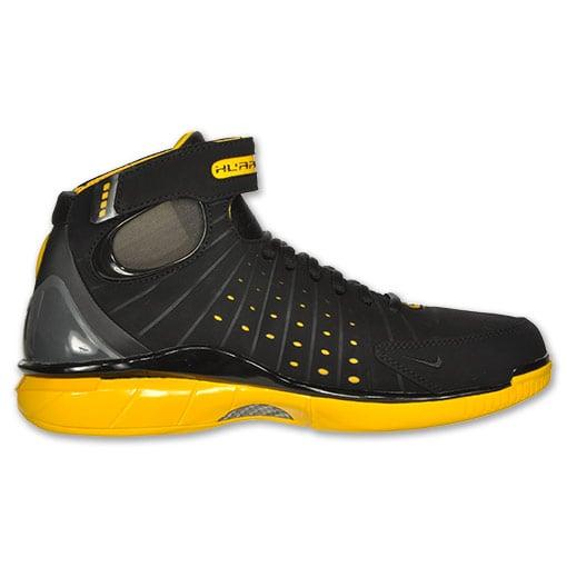 Nike Zoom Huarache 2K4 'Black/Varsity Maize' - Now Available