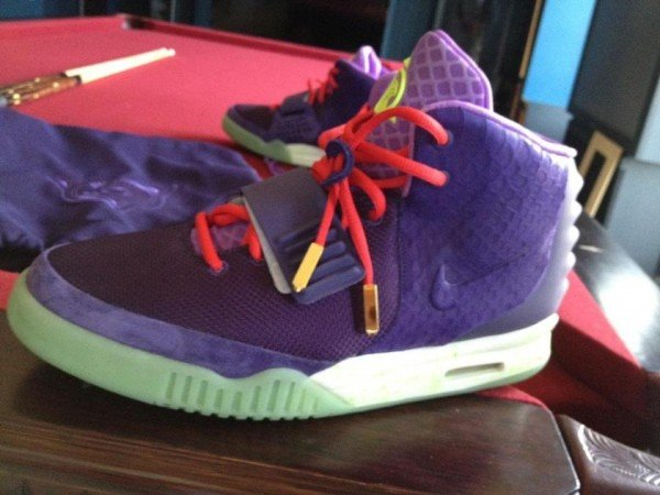 Possible Kobe Bryant x Nike Air Yeezy 2