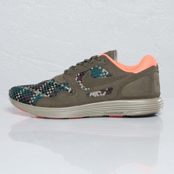 Nike Lunar Flow Woven QS 'Olive/Black-Bamboo'