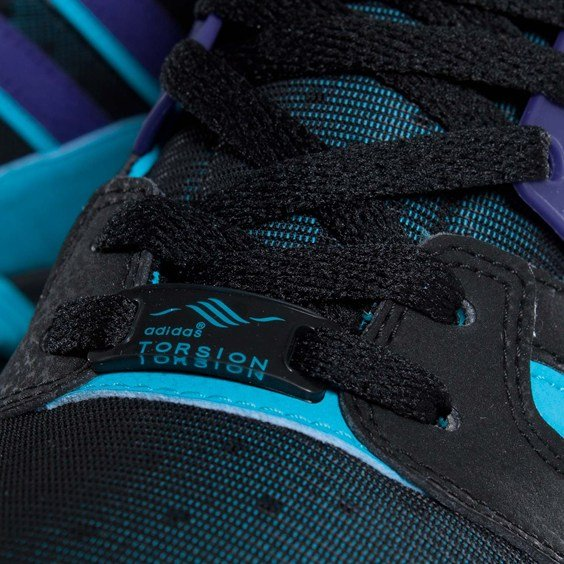 adidas Originals ZX 8000 'Black/Collegiate Purple-Super Cyan'