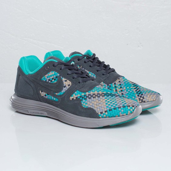 8640c7eee194 Nike Lunar Flow Woven QS  Anthracite Black-Bamboo