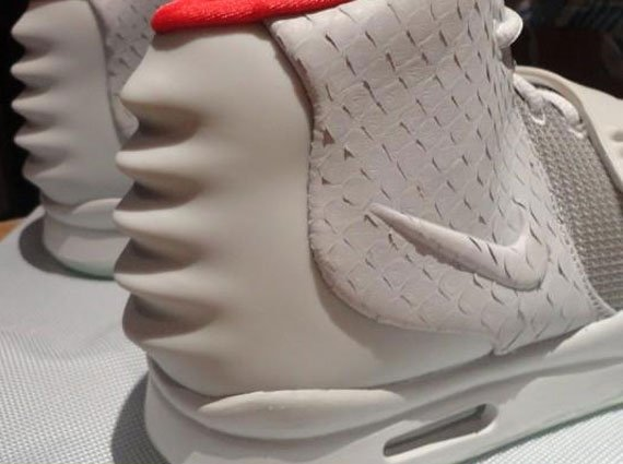 Nike Air Yeezy 2 'Wolf Grey/Pure Platinum' - Another Detailed Look