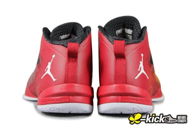 Jordan Fly Wade 2 EV 'Varsity Red/Black-White' - Another Look