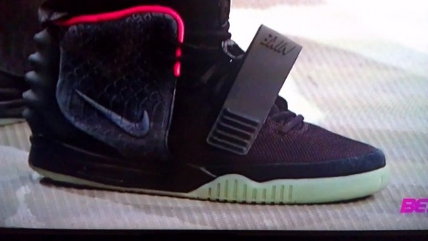 Kanye West Dons 'Black/Solar Red' Yeezy 2 on 106 & Park