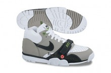 Nike Air Trainer 1 Mid Premium – Holiday 2012