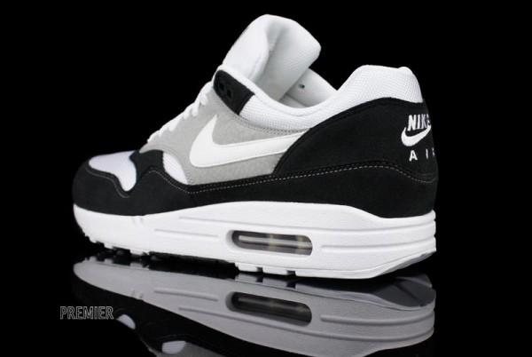 Nike Air Max 1 'Black/White'