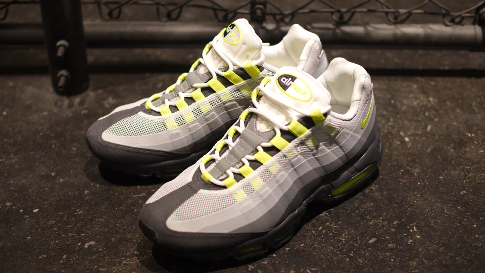 the best attitude f86d3 741fa Nike Air Max 95 No-Sew 'Neon' | SneakerFiles