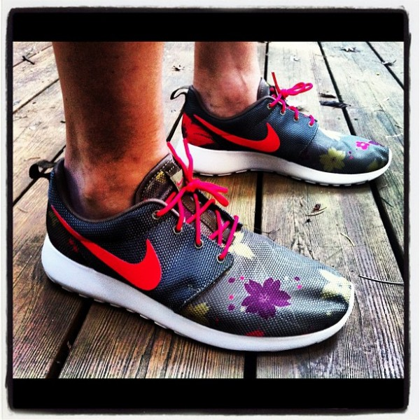 Nike Roshe Run 'Floral' 1-of-1