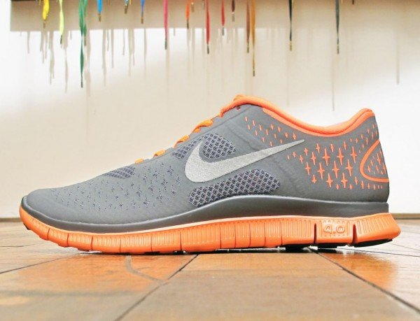 Nike Free 4.0 V2 'Dark Grey/Total Orange'