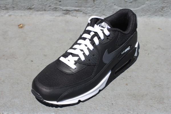 Nike Air Max 90 'Black/Anthracite-White'