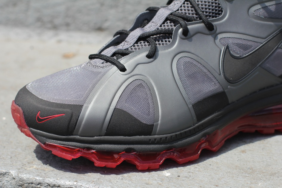 Nike Air Max Griffey Fury 'Dark Grey/Black-University Red-Black' - Another Look