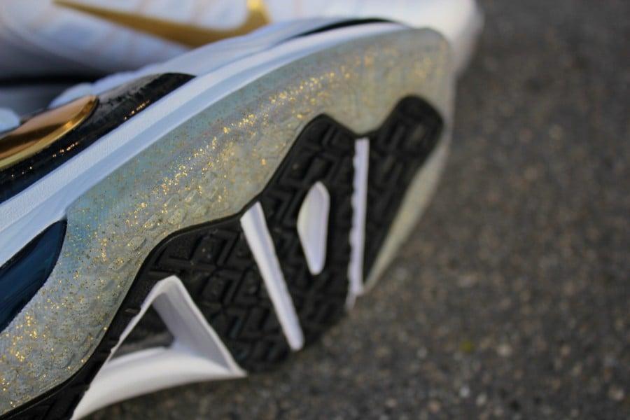 Nike LeBron 9 Elite 'Home' Arriving at Retailers