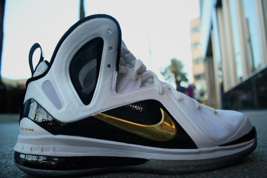 quality design b3c4c 1f525 Nike LeBron 9 Elite  Home  Arriving at Retailers
