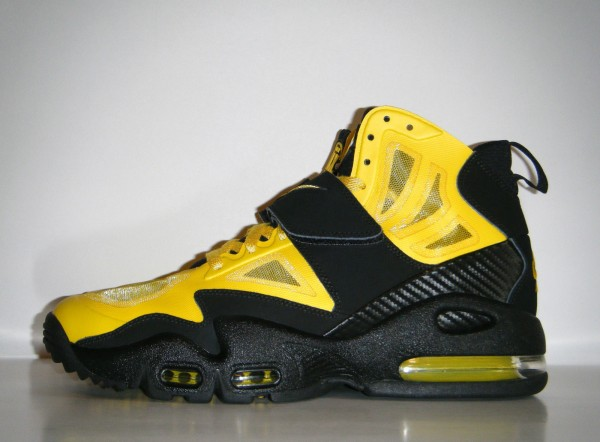 on sale bcfd2 e3a2b Nike Air Max Express  Speed Yellow  Sample