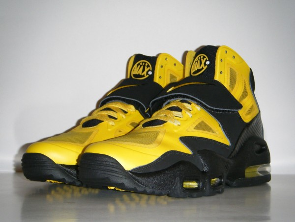 Nike Air Max Express 'Speed Yellow' Sample