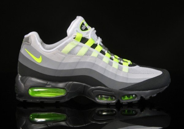 nike air max 95 no sew 39 neon 39 new images sneakerfiles