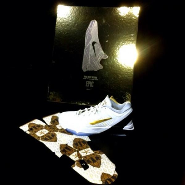 best sneakers 663a4 bc496 Nike Kobe 7 Elite Socks at Nike Vault 600x600