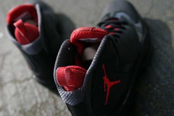 Release Reminder: Air Jordan 2012 A 'Black/Varsity Red-Anthracite'