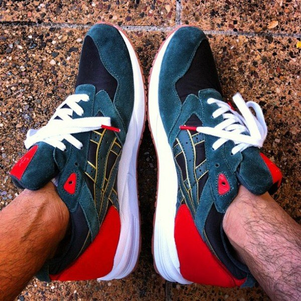 24 Kilates x asics Gel Saga - Another Look
