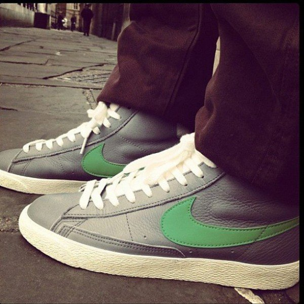 Release Reminder: Nike Blazer Mid VNTG 'Charcoal Grey/Green' - size? Exclusive