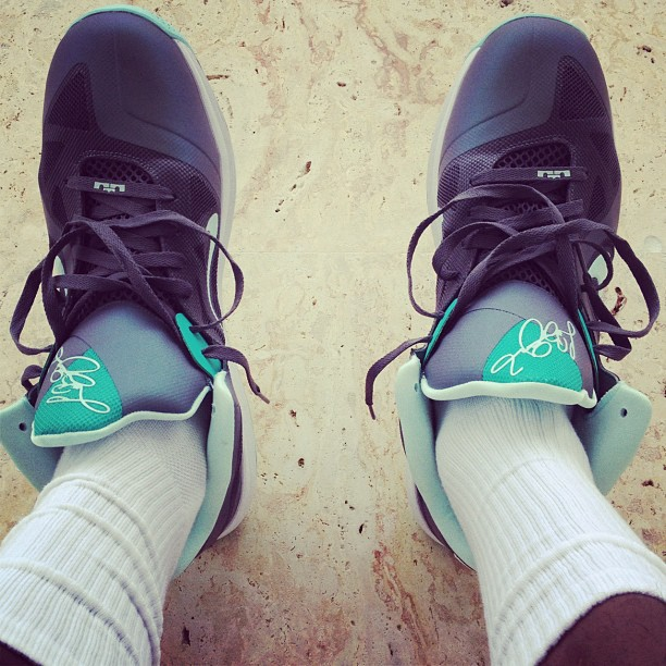 LeBron Dons 'Easter' Signature Before Sunday's Win