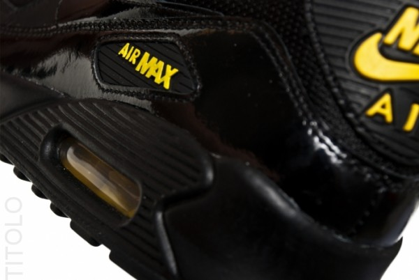 Nike Air Max 90 'BlackGolden Sash' | SneakerFiles