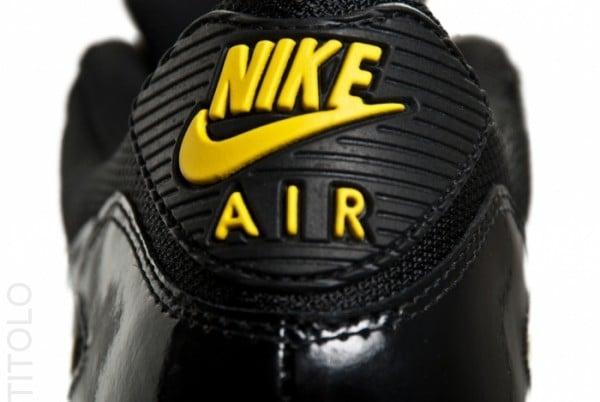 Nike Air Max 90 'Black/Golden Sash'