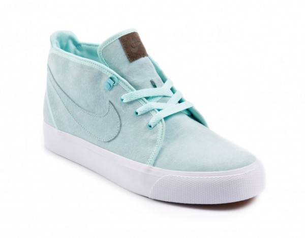 Nike Toki Premium - size? Exclusive - Release Date + Info