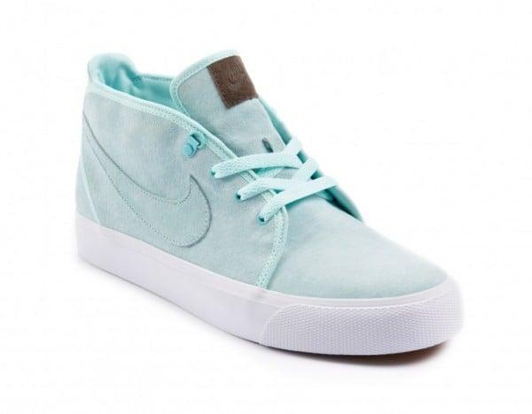 Release Reminder: Nike Toki 'Mint Green' - size? Exclusive