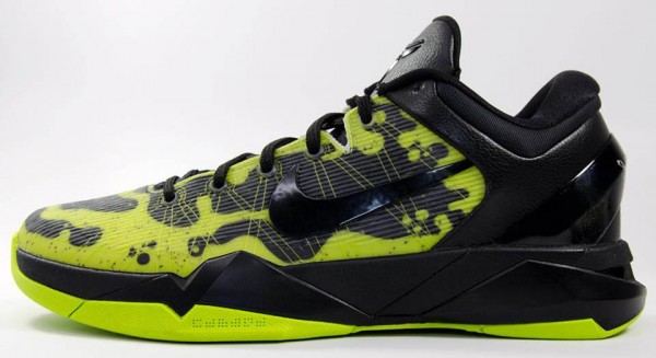 nike-kobe-vii-7-system-poison-dart-frog-option-available-on-nikeid-1