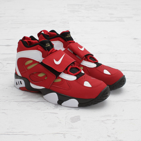 3c291cfcb2b6 Nike Air Diamond Turf II  Varsity Red White-Metallic Gold  at Concepts