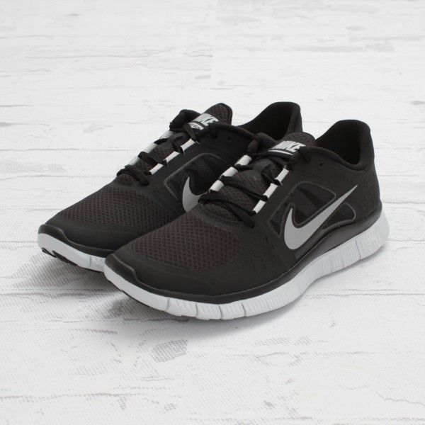 online retailer 8bb95 c8f55 Contact. The Place Investment Group Inc. nike free run 3 black
