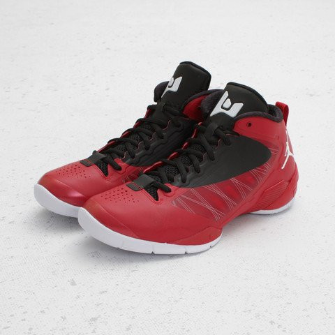 Jordan Fly Wade 2 EV 'Gym Red/White-Black' - Now Available