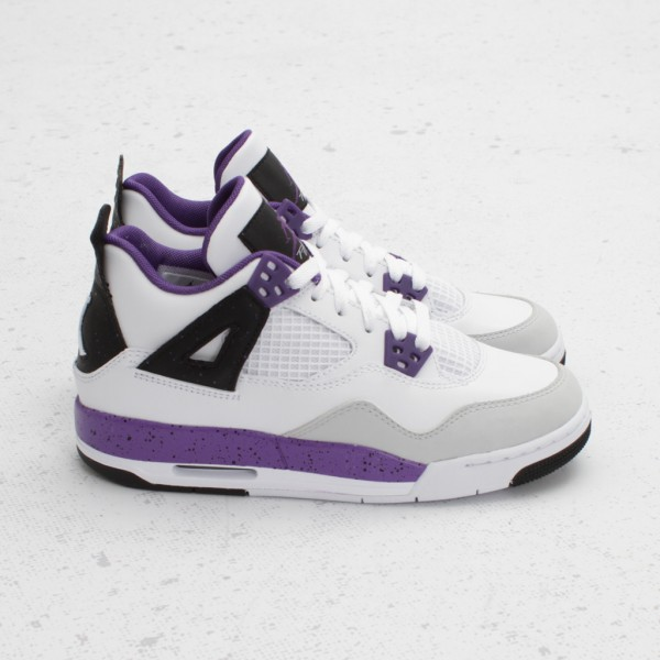 Release Reminder: Air Jordan IV (4) GS 'Ultraviolet'