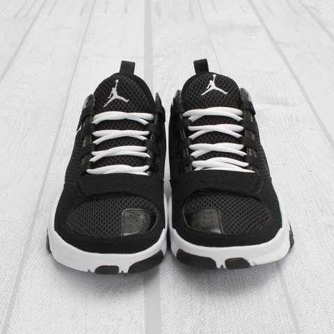 Jordan Trunner Dominate 'Black/White'