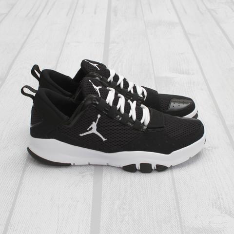 Jordan Trunner Dominate 'Black/White'