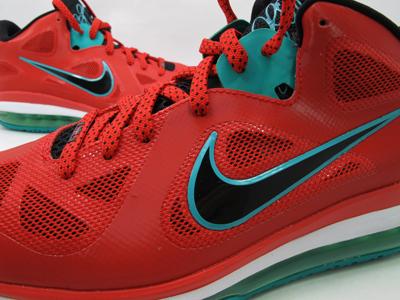Nike LeBron 9 Low 'Liverpool'