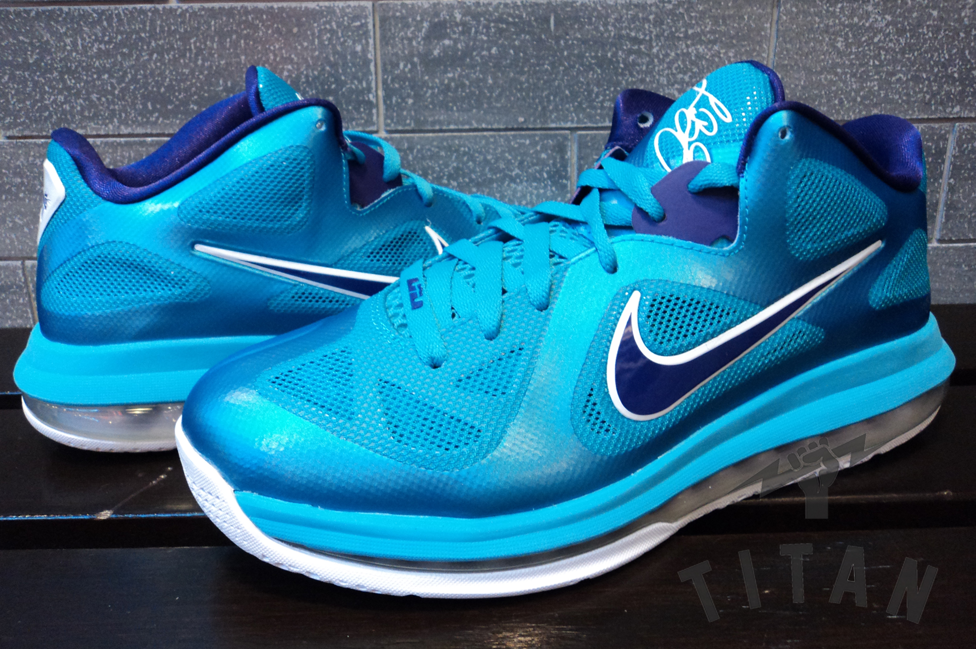 Nike LeBron 9 Low 'Summit Lake Hornets' - Another Look