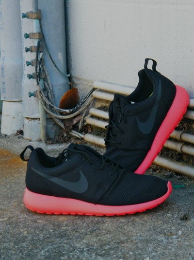Nike Roshe Run 'Black/Anthracite-Siren Red'