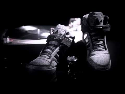 Video  adidas Originals -  Black Pack  Edition AR 2.0 and Gazelle ... fac0a1756