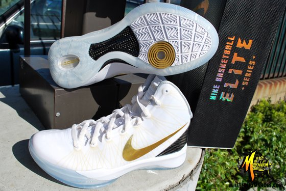 Nike Zoom Hyperdunk Elite 'Home' at Millenium Shoes