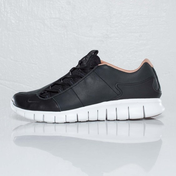 Nike Footscape Free Premium NSW NRG 'Black'
