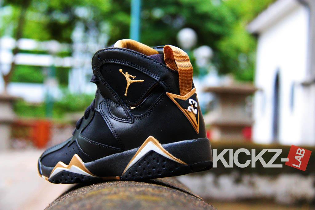 Air Jordan 7 'Golden Moments Pack' - More Images