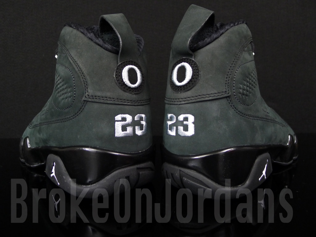 Air Jordan 9 Oregon Ducks PE - Available