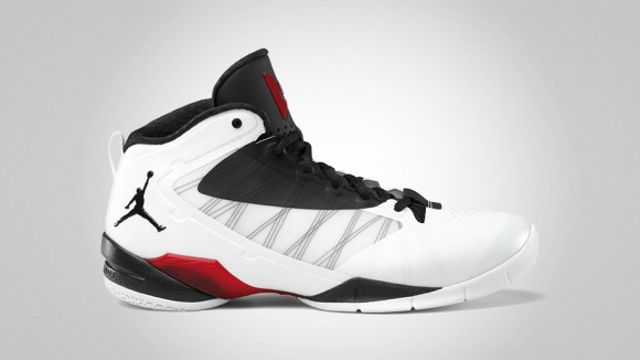 Jordan Fly Wade 2 EV White/Black-Metallic Silver-Gym Red