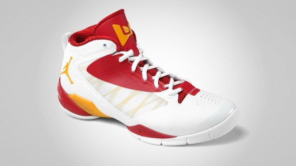 Jordan Fly Wade 2 EV White/Del Sol-Gym Red