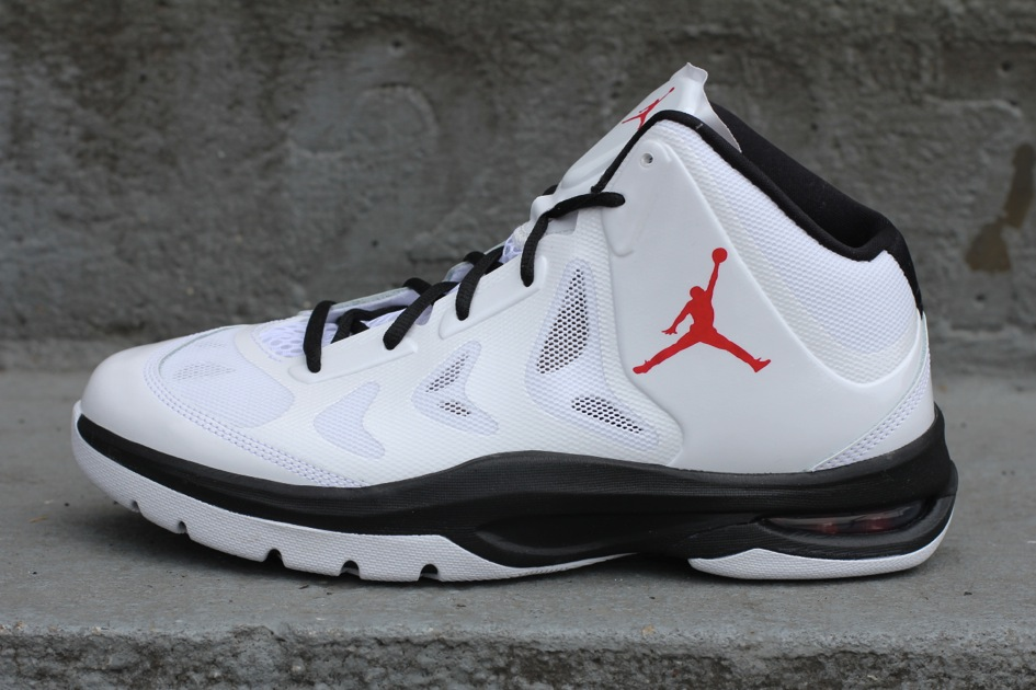 Jordan Play In These II 'White/Varsity Red-Black'
