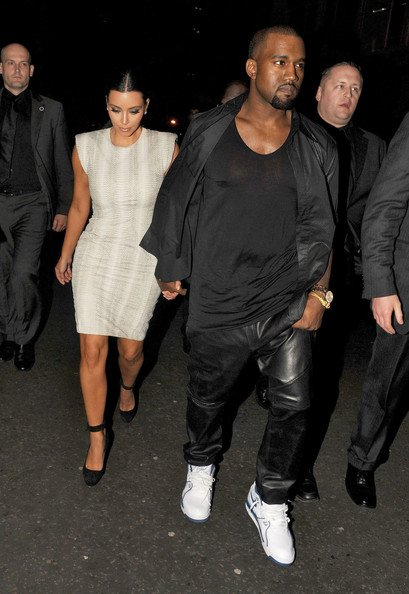 Kanye West in the Air Flight 89 in London