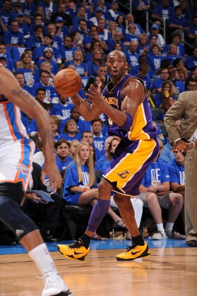 Kobe Dons Yellow/Black PE in Game 1 Against OKC